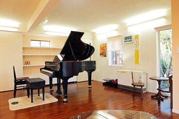 ピアノ教室 内装
